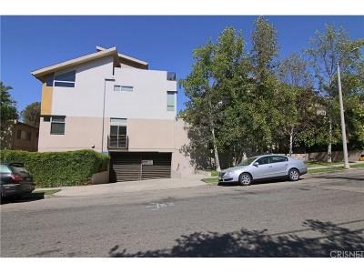 Studio City Condo/Townhouse For Sale: 11815 Laurelwood Drive #13