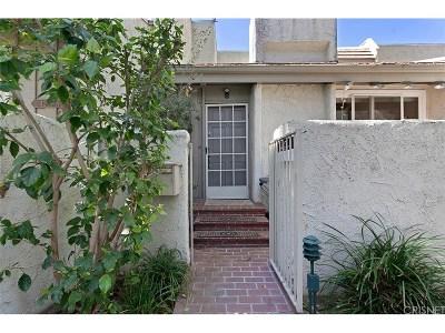 Studio City Condo/Townhouse For Sale: 4245 Colfax Avenue #B