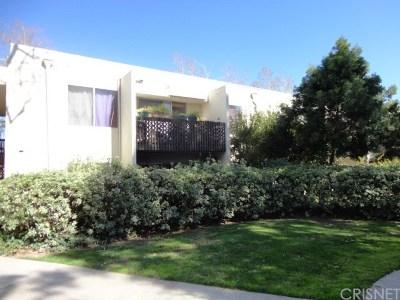 Valencia Condo/Townhouse For Sale: 23515 Lyons Avenue #179