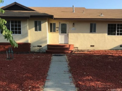 Tarzana Single Family Home For Sale: 18922 Victory Boulevard