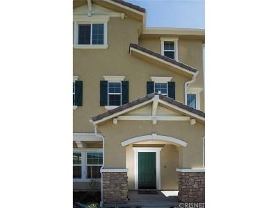 Chatsworth Condo/Townhouse For Sale: 9125 Ballard Drive