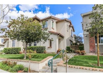 Valencia Condo/Townhouse For Sale: 27436 Riverside Lane