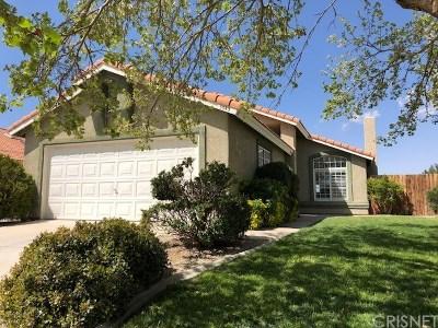 Rosamond Single Family Home For Sale: 3543 San Jacinto Avenue