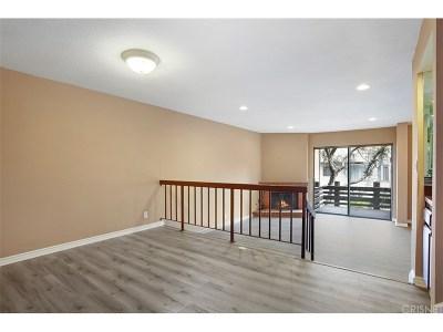 Woodland Hills Condo/Townhouse For Sale: 21901 Burbank Boulevard #163