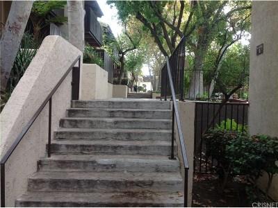 Tarzana Condo/Townhouse For Sale: 18350 Hatteras Street #133