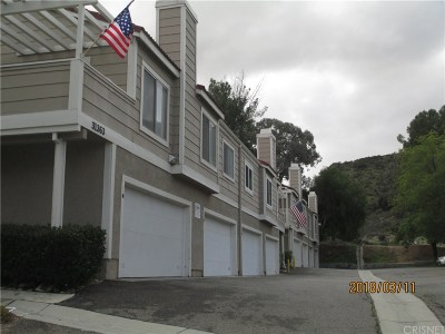 Castaic Condo/Townhouse For Sale: 31365 The Old Road #B
