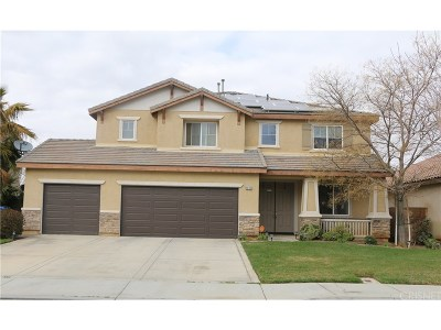 Palmdale Single Family Home For Sale: 1815 Andrea Drive