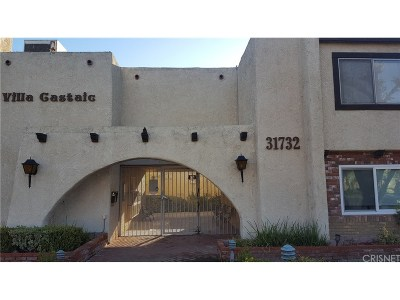 Castaic Condo/Townhouse For Sale: 31732 Ridge Route Road #203