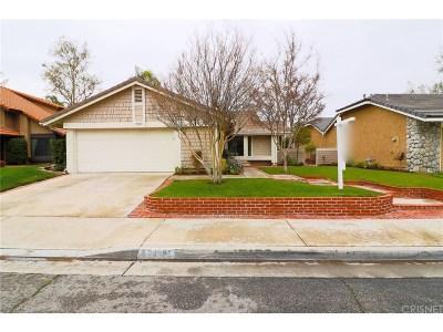 Valencia Single Family Home For Sale: 23621 Via Primero
