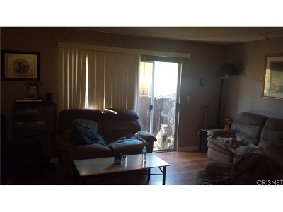 Castaic Condo/Townhouse For Sale: 31732 Ridge Route Road #111