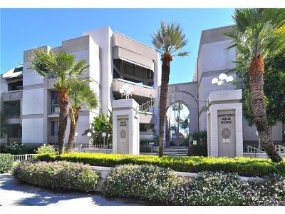 Encino Condo/Townhouse Sold: 5340 Yarmouth Avenue #207