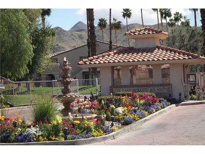 Palm Springs Condo/Townhouse For Sale: 2701 East Mesquite Avenue #B11