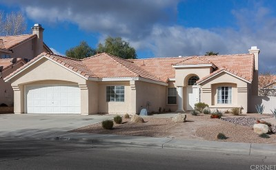 Palmdale Single Family Home For Sale: 40053 Tilbury Drive
