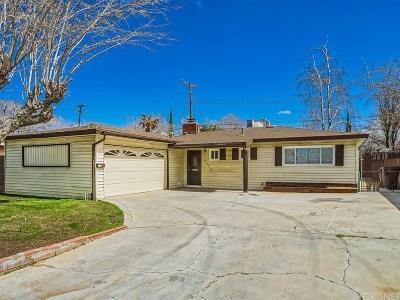 Lancaster Single Family Home For Sale: 43752 Hardwood Avenue