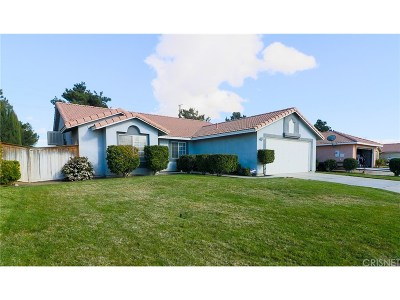 Palmdale Single Family Home For Sale: 38628 Cortina Way