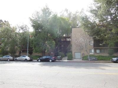 Woodland Hills Condo/Townhouse For Sale: 22100 Burbank Boulevard #365G
