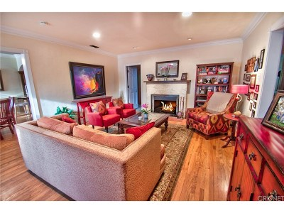 Toluca Lake Single Family Home For Sale: 4546 Willowcrest Avenue
