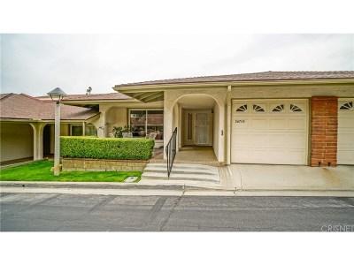 Los Angeles County Condo/Townhouse For Sale: 26724 Oak Garden Court