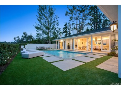 Encino Single Family Home For Sale: 15657 High Knoll Road
