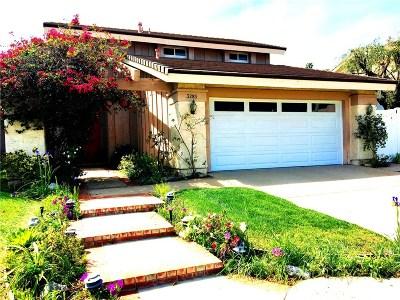 Thousand Oaks Single Family Home For Sale: 3285 Hidden Creek Avenue