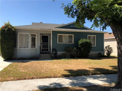 Long Beach Single Family Home For Sale: 3703 Ostrom Avenue