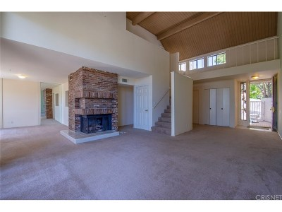 Thousand Oaks Condo/Townhouse For Sale: 610 Tree Top