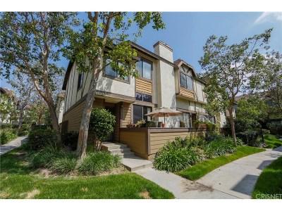 Chatsworth Condo/Townhouse For Sale: 21133 Lassen Street #4
