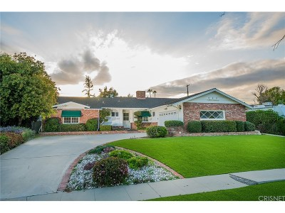 Northridge Single Family Home For Sale: 9401 Ruffner Avenue