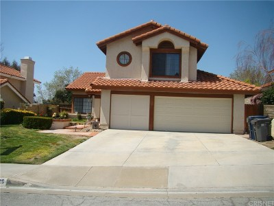 Canyon Country Single Family Home For Sale: 27929 Park Meadow Drive