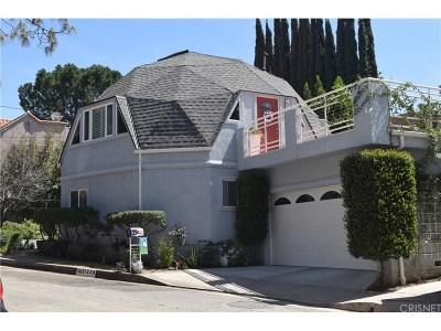 Woodland Hills Single Family Home For Sale: 21226 Escondido Street