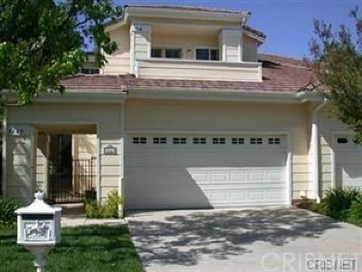 Westlake Village Condo/Townhouse For Sale: 5649 Roundtree Place