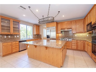 Stevenson Ranch Single Family Home For Sale: 26617 Shakespeare Lane