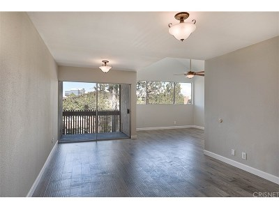 Culver City Condo/Townhouse For Sale: 5900 Canterbury Drive #A305