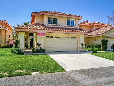 Canyon Country Single Family Home For Sale: 15606 Saul Court