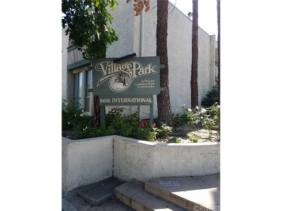 Canoga Park Condo/Townhouse For Sale: 8601 International Avenue #203