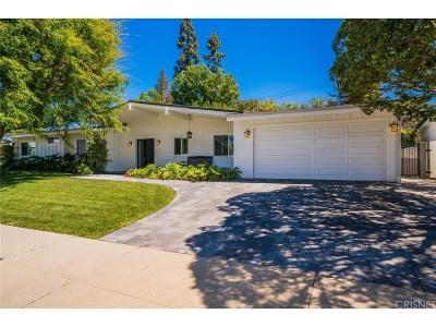 Woodland Hills Single Family Home For Sale: 23742 Kivik Street