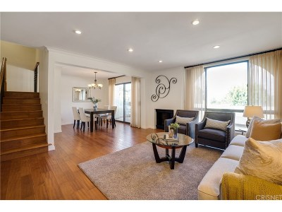 Calabasas Condo/Townhouse For Sale: 4247 Freedom Drive #502