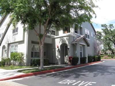 Valencia Condo/Townhouse For Sale: 24080 Meadowbrook Lane