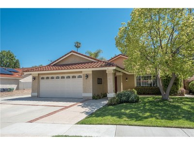 Simi Valley Single Family Home For Sale: 1472 Willowbrook Lane