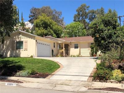 Woodland Hills Single Family Home For Sale: 22211 Buena Ventura Street