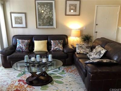 Agoura Hills Condo/Townhouse For Sale: 28947 Thousand Oaks Boulevard #125