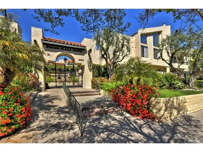 Encino Condo/Townhouse For Sale: 5255 Zelzah Avenue #204
