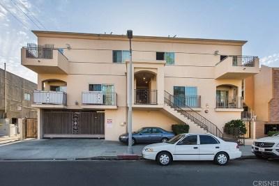 Reseda Condo/Townhouse For Sale: 7223 Baird Avenue #105