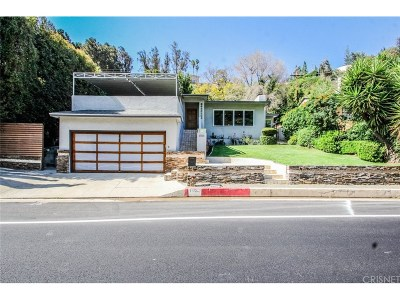 Beverly Hills Single Family Home For Sale: 1556 Benedict Canyon Drive
