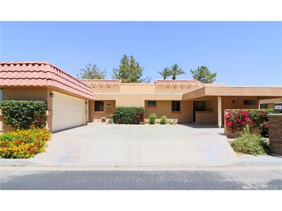 Palm Desert Condo/Townhouse For Sale: 77138 Pauma Valley Way