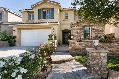 Canyon Country Single Family Home For Sale: 17402 Dove Willow Street