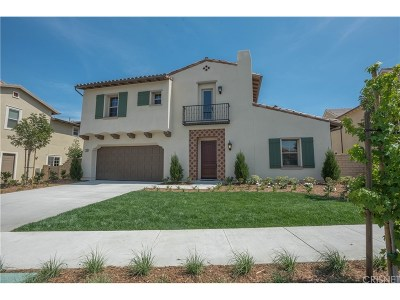 Thousand Oaks Single Family Home For Sale: 106 Mayflower