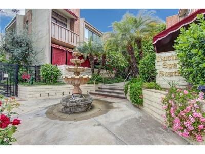 Encino Condo/Townhouse For Sale: 5255 White Oak Avenue #1