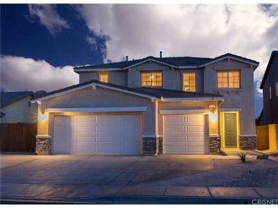 Rosamond Single Family Home For Sale: 3428 Gemstone Avenue