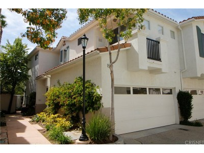 Moorpark Condo/Townhouse For Sale: 4023 Brindisi Place